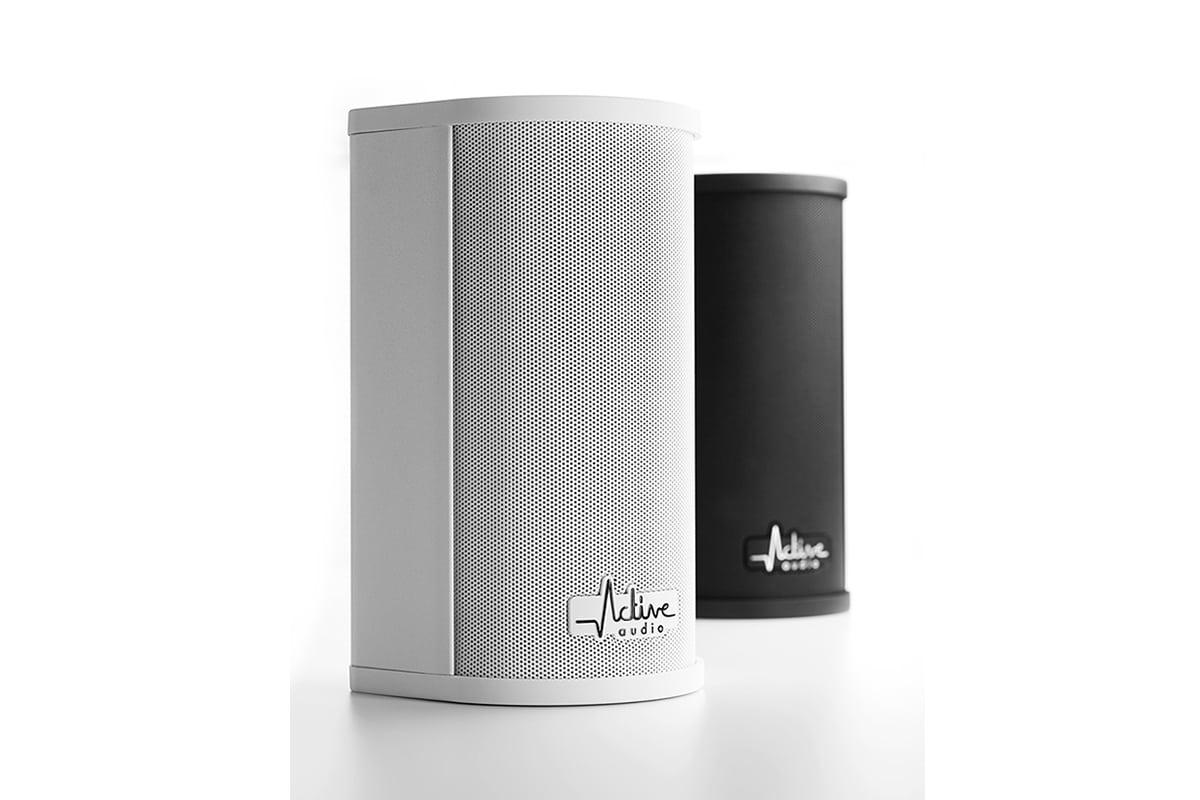 Produkte, Beschallungstechnik und Sound, verschiedene Lautsprecher, Hintergrund weiß